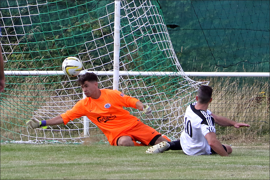 Point blank save from Rob Partington