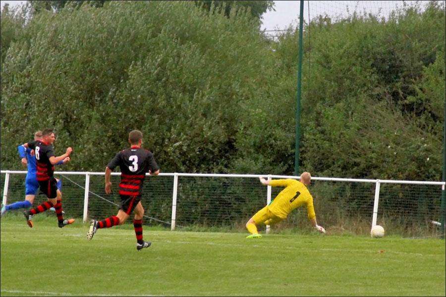 Lee Armitt 3-3