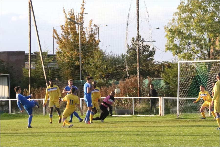 Ian Hurst 1-0