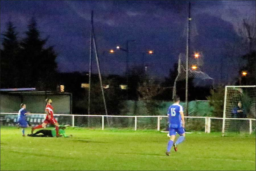 Luke Wells beats the keeper and gives Jets a late, late equaliser