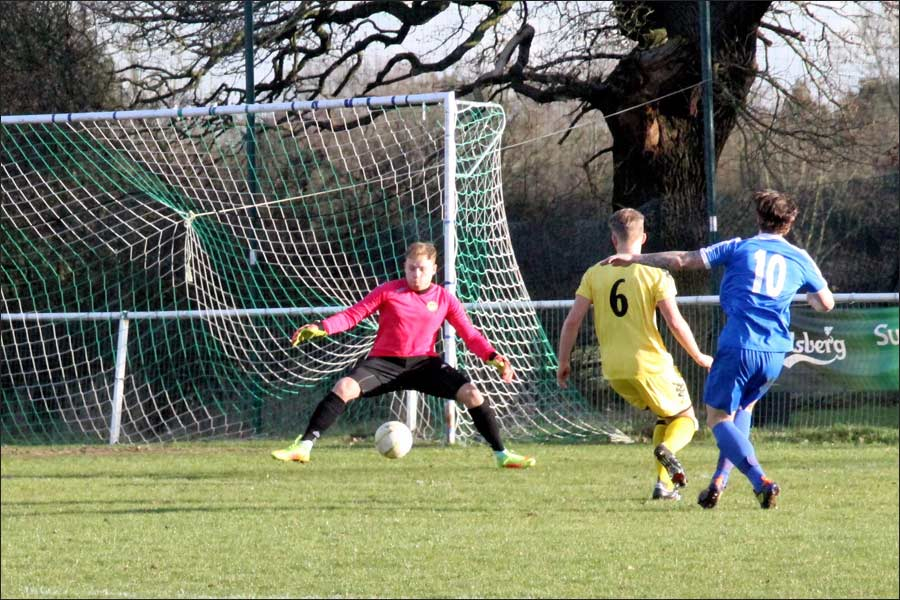 Luke Wells had to work hard on scraps in the first half