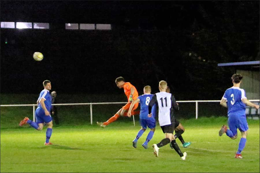 Quick thinking by Rob stops a Berko attack