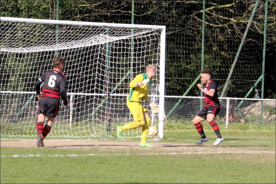 It's in the net! Jets win from a 90th minute own goal